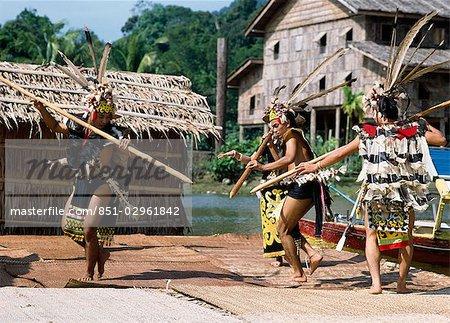 Costumes traditionnels et la danse, Sawarak, Malaisie