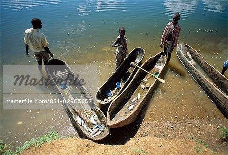 River Nile and fishing boats,Mubulamuli,Kamuli District,Uganda.