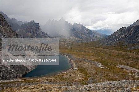 Tombstone Mountains und Talus Lake, Tombstone Territorial Park, Yukon, Kanada