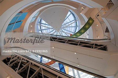 Mode Boutique intérieur caisse et baril, Magnificent Mile, Chicago, Illinois, États-Unis d'Amérique, l'Amérique du Nord