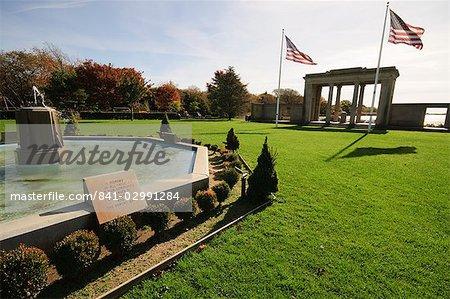 War Memorial, Southampton, the Hamptons, Long Island, New York State, United States of America, North America