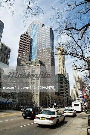 Michigan Avenue ou The Magnificent Mile, célèbre pour ses boutiques, Chicago, Illinois, États-Unis d'Amérique
