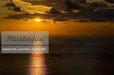 coucher du soleil dans le Manuel Antonio Area, côte du Pacifique, Costa Rica
