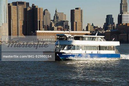 Bateau de transport public, Manhattan, New York City, New York, États-Unis d'Amérique, Amérique du Nord