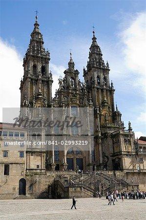 Cathédrale de Santiago sur la Plaza do Obradoiro, patrimoine mondial UNESCO, Saint Jacques de Compostelle, Galice, Espagne