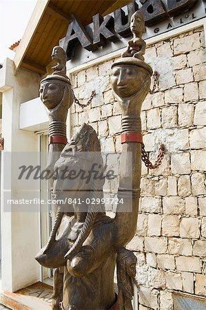 Shop selling African carvings and jewellery, Santa Maria, Sal (Salt), Cape Verde Islands, Africa