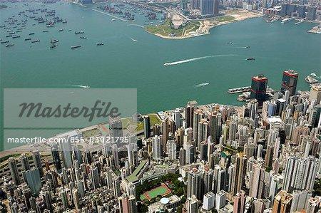 Vue aérienne surplombant Sheung Wan & Victoria Harbour, Hong Kong