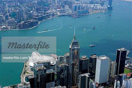 Vue aérienne, surplombant le port de Victoria & de Wanchai, Hong Kong
