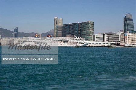 Ocean Terminal, Tsimshatsui, Hong Kong, l'ancrage des bateaux de croisière