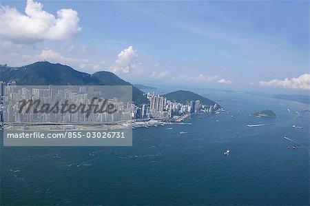 Vue aérienne sur le port de West & Victoria de Hong Kong, Hong Kong