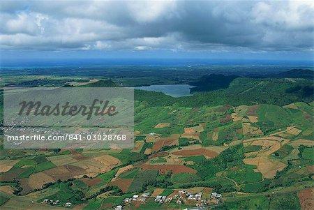 Vue aérienne sur les champs d'élevage des plaines centrales, Ile Maurice, Afrique