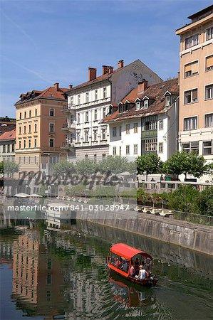 La rivière Ljubljanica, Ljubljana, Slovénie, Europe