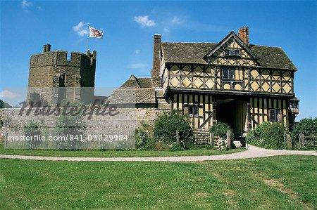 Gatehouse et sud tour, Stokesay Castle, Shropshire, Angleterre, Royaume-Uni, Europe