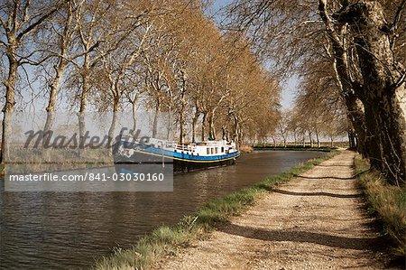 Canal du Midi, près de Béziers, Languedoc-Roussillon, France, Europe
