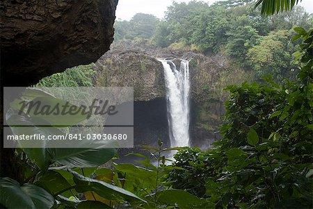 Rainbow Falls, près de Hilo, île d'Hawaii (Big Island), Hawaii, États-Unis d'Amérique, Amérique du Nord