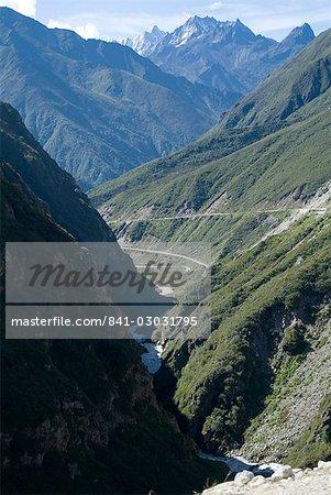 Vallée de Nyelam, par le biais de l'Himalaya, Tibet, Chine, Asie