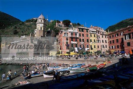 Village de Vernazza, Cinque Terre, l'UNESCO World Heritage Site, Ligurie, Italie, Europe