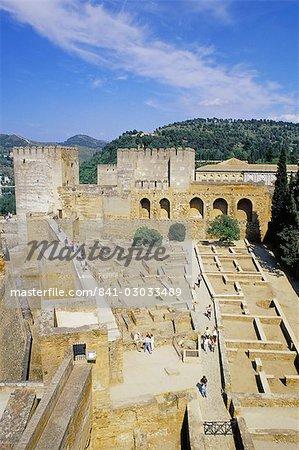 Vue sur l'Alhambra Castrense, Alcazaba, Barrio, patrimoine mondial de l'UNESCO, Grenade, Andalousie (Andalousie), Espagne, Europe