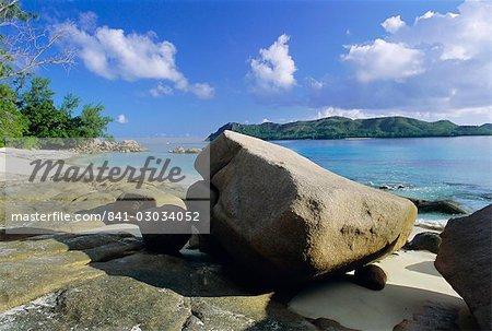 Anse de la Possession (plage de Possession), la côte nord-ouest, l'île de Praslin, Seychelles, océan Indien, Afrique