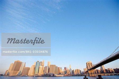 Brooklyn Bridge et skyline, New York City, New York, États-Unis d'Amérique, l'Amérique du Nord