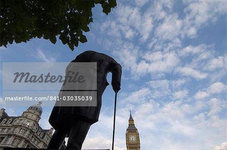 Statue de Winston Churchill et Big Ben, Westminster, Londres, Royaume-Uni, Europe