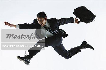 Homme d'affaires en fuite