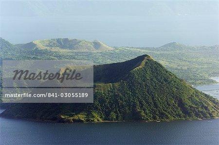 Taal Vulkan, Lake Taal, Talisay, Luzon, Philippinen, Südostasien, Asien