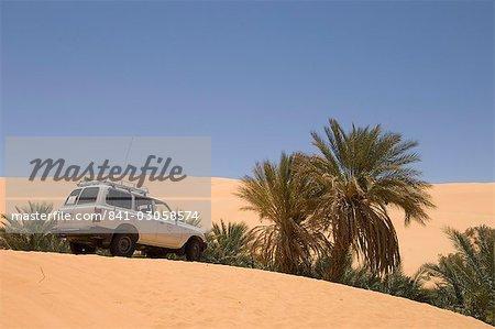 Oum El Ma lake, Erg Awbari, désert du Sahara, Fezzan (Libye), l'Afrique du Nord, Afrique