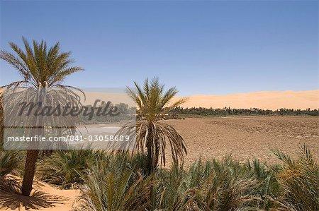 Mandara lake, Erg Awbari, Sahara desert, Fezzan (Libye), l'Afrique du Nord, Afrique