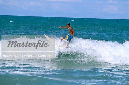 Surfer, Praia do Amor, Pipa, Natal, Rio Grande do Norte state, Brazil, South America