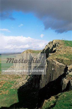 Roman Wall, Wallcrags, Northumbria, England, United Kingdom, Europe