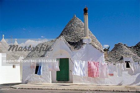 Trulli houses, Alberobello, UNESCO World Heritage Site, Puglia, Italy, Europe