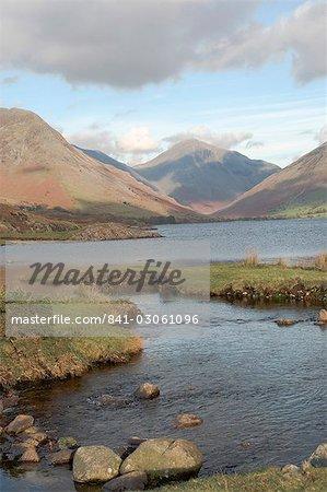 Lac Wastwater, grand pignon, Wasdale vallée, Parc National de Lake District, Cumbria, Angleterre, Royaume-Uni, Europe