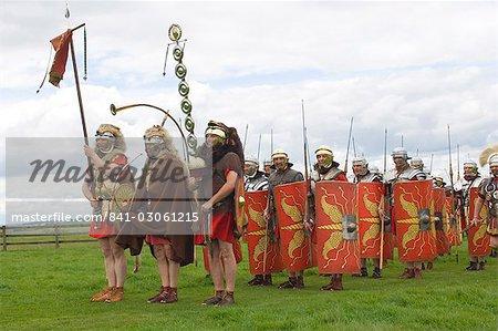 Ermine Street Guard se préparent à l'avance, le camp, mur d'Hadrien, Northumbria, Angleterre, Royaume-Uni, Euruope