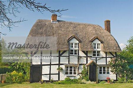 Bois originales encadrées et chaume cottage, Hampshire, Angleterre, Royaume-Uni, Europe