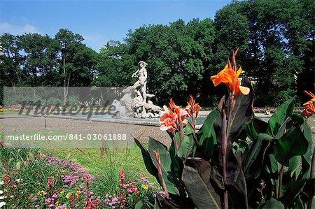 Neptune statue in the Alter Botanical Garden, Munich, Bavaria, Germany, Europe