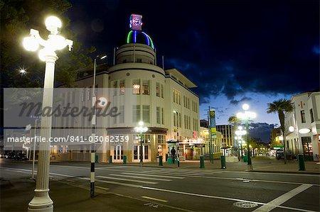 Tour de l'horloge lampadaire et déco dans la ville de style Art déco de Napier, North Island, Nouvelle-Zélande, Pacifique