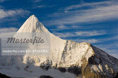 Yangmaiyong mountain, réserve naturelle de Yading, Province du Sichuan, Chine, Asie