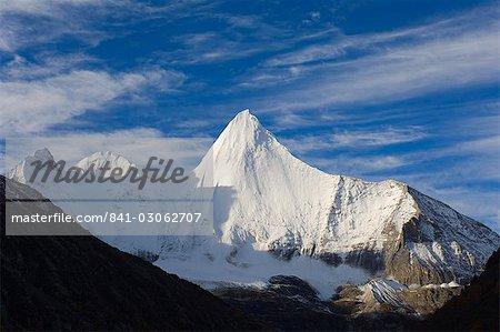 Yangmaiyong mountain, Yading Nature Reserve, Sichuan Province, China, Asia