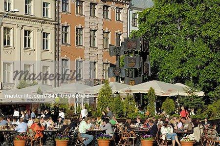 Café de rue, la place Doma, Riga, Lettonie, pays baltes, Europe
