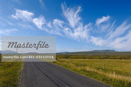 Big sky sur l'île d'Achill, comté Mayo, Connacht, Irlande, Europe