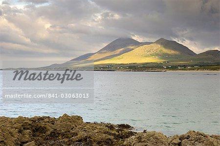 Montagne Croagh Patrick et Clew Bay, de Old Head, comté de Mayo, Connacht, Irlande, Europe