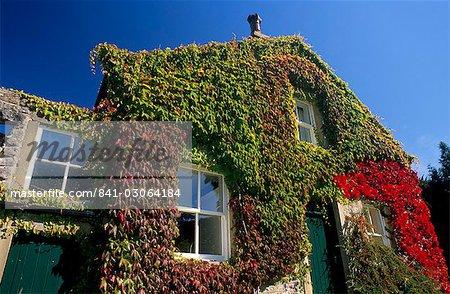 Maison à Airton, près de Malham, Parc National de Yorkshire Dales, Yorkshire, Angleterre, Royaume-Uni, Europe