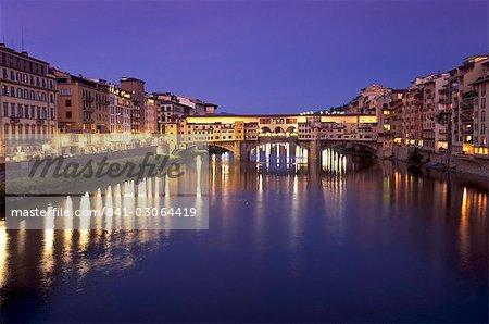 Ponte Vecchio (Old Bridge) over River Arno at dusk, Florence (Firenze), Tuscany, Italy, Europe