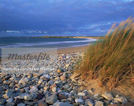 Beach near Doogort, Achill Island, County Mayo, Connacht, Republic of Ireland (Eire), Europe