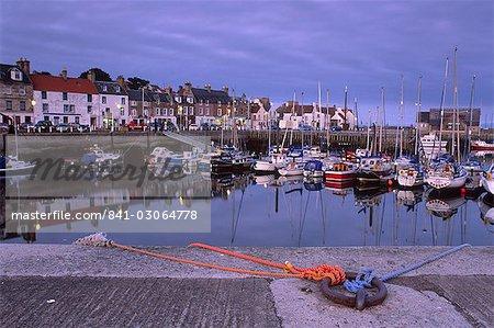 Findochty harbour, Morayshire, Écosse, Royaume-Uni, Europe