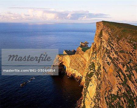 Da Nort Bank natural arches and cliffs, Foula Island, Shetland Islands, Scotland, United Kingdom, Europe