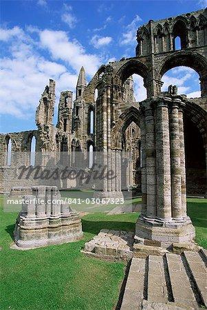 Ruines de l'abbaye de Whitby, fondée par St. Hilda 657AD, Whitby, Yorkshire, Angleterre, Royaume-Uni, Europe