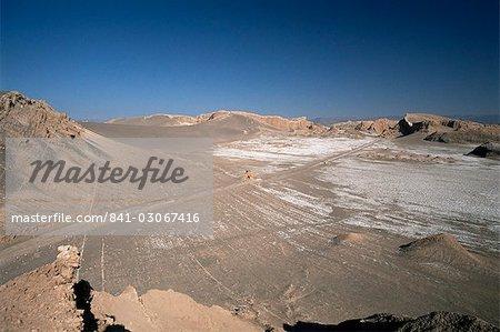 Vent sculpté les rochers et des dépôts de sel de la vallée de la lune, de San Pedro de Atacama, Chili Amérique du Sud