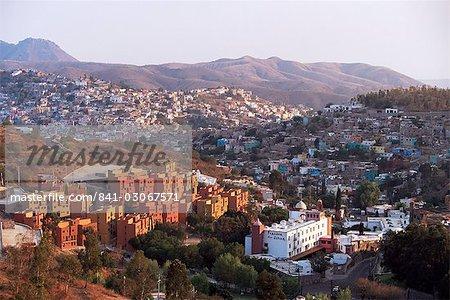À la recherche de La Valenciana vers Guanajuate, capitale de Guanajuato, au Mexique, en Amérique du Nord Sud